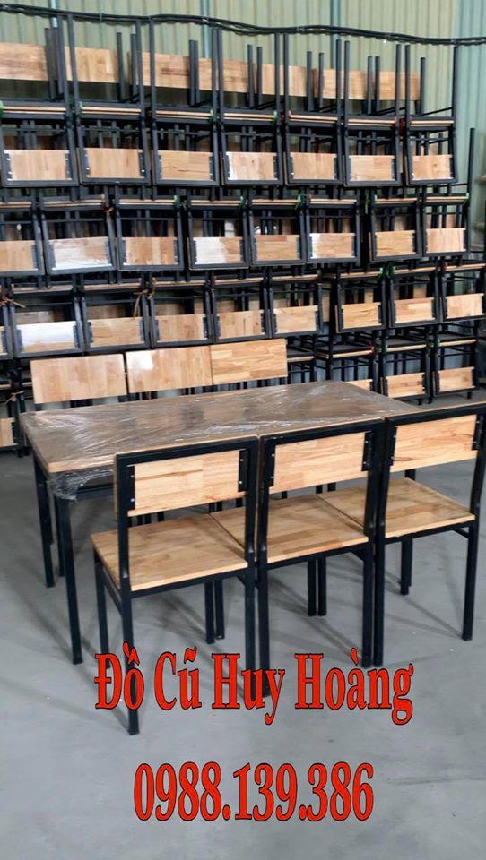 bàn ghế chân sắt mặt gỗ thanh lý được rất nhiều chủ nhà hàng quán ăn lựa chọn trong 3 năm trở lại đây với giá thành hợp lý và đẹp phù hợp với nhiều không gian
