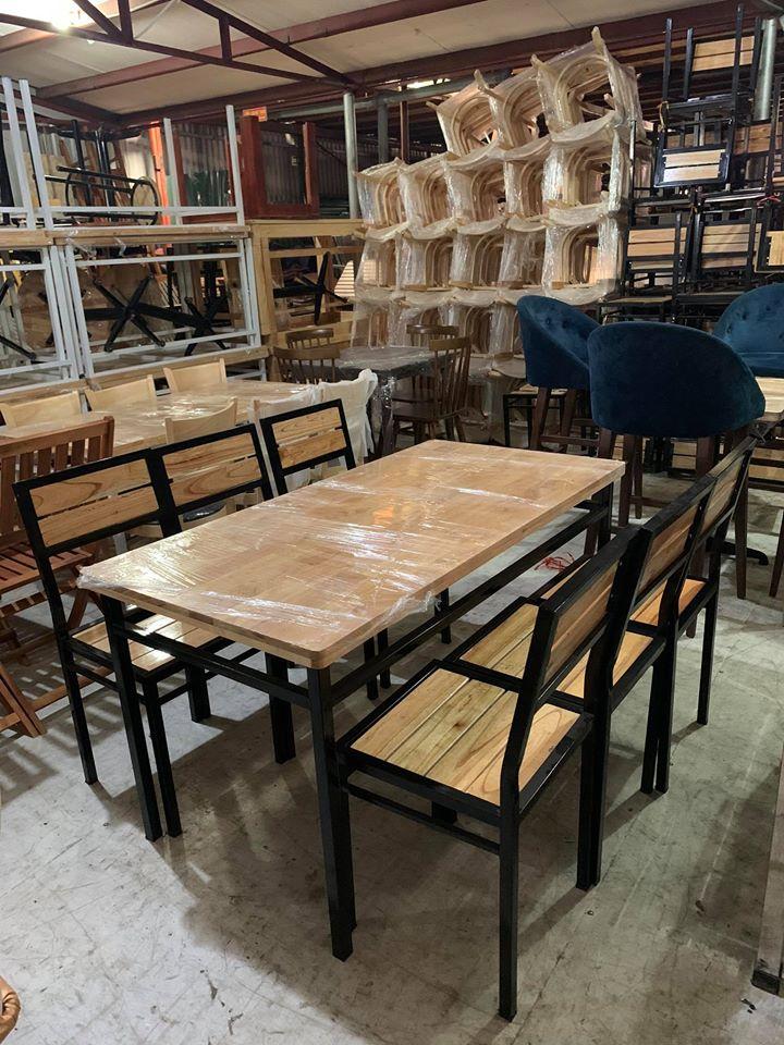 Các mẫu bàn ghế quán ăn nhà hàng thanh lý giá rẻ