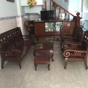 mua bàn ghế gỗ cũ lâu năm