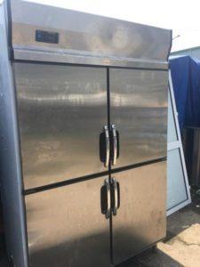 thanh lý tủ đông 4 cánh inox sử dụng tốt
