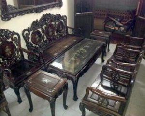 thu mua bàn ghế gỗ cũ giá cao