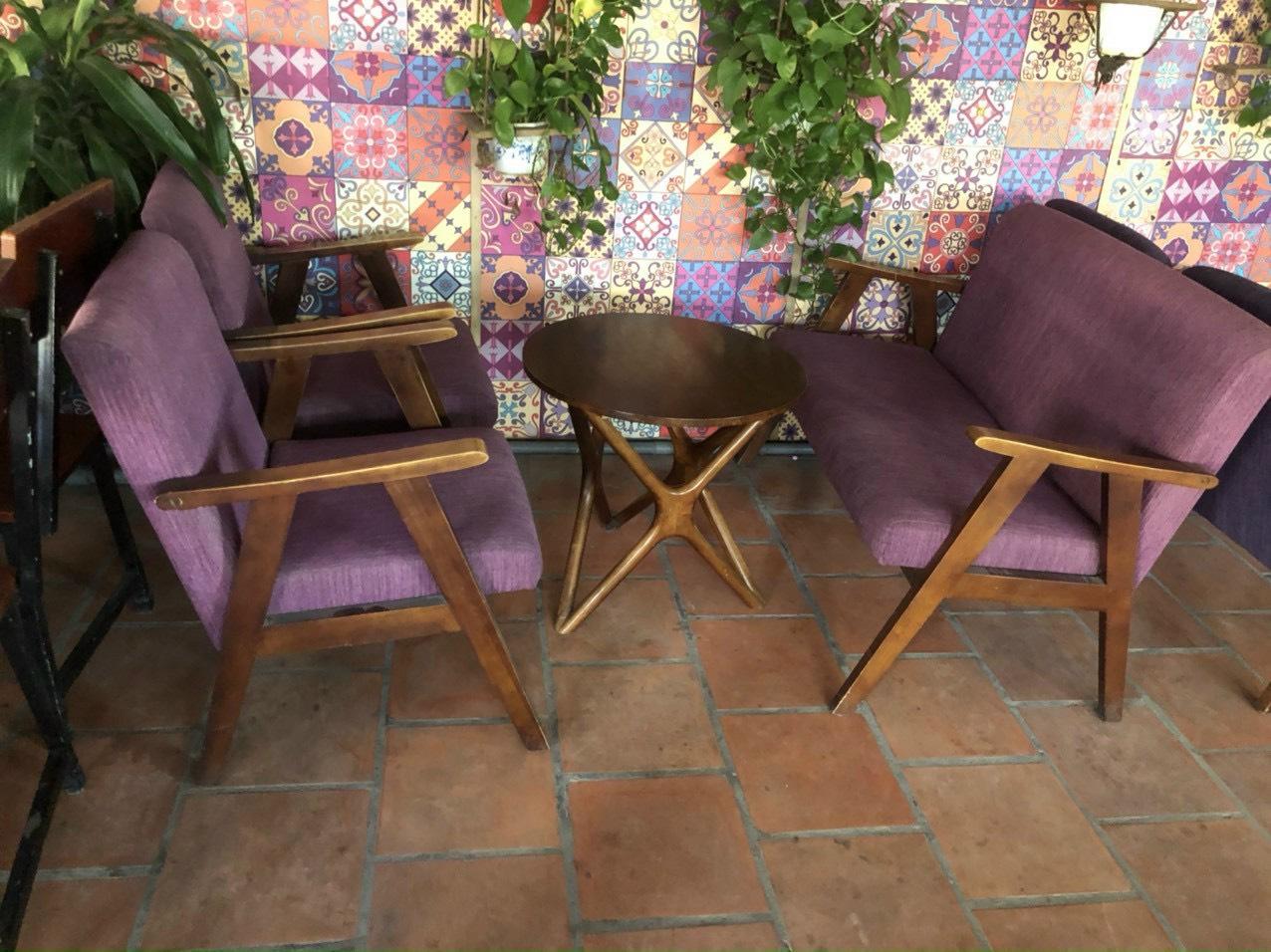bàn ghế cafe cũ đệm nỉ