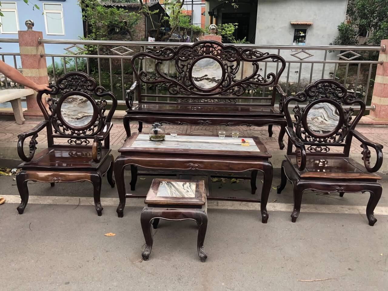 thanh lý bàn ghế phòng khách cũ giá cao