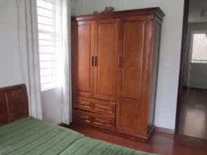 mua tủ quần áo 3 buồng gỗ xoan