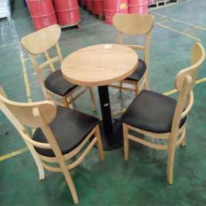 thanh lý bàn ghế cũ tại Hà Nội