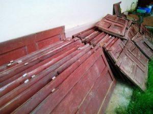 thanh lý cửa gỗ cũ