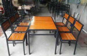 thanh lý bàn ghế mặt gỗ chân sắt 6 ghế