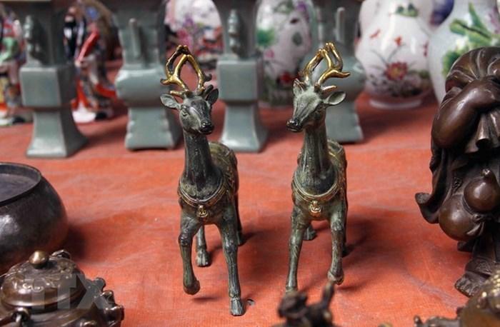 Các mặt hàng cổ trang trí