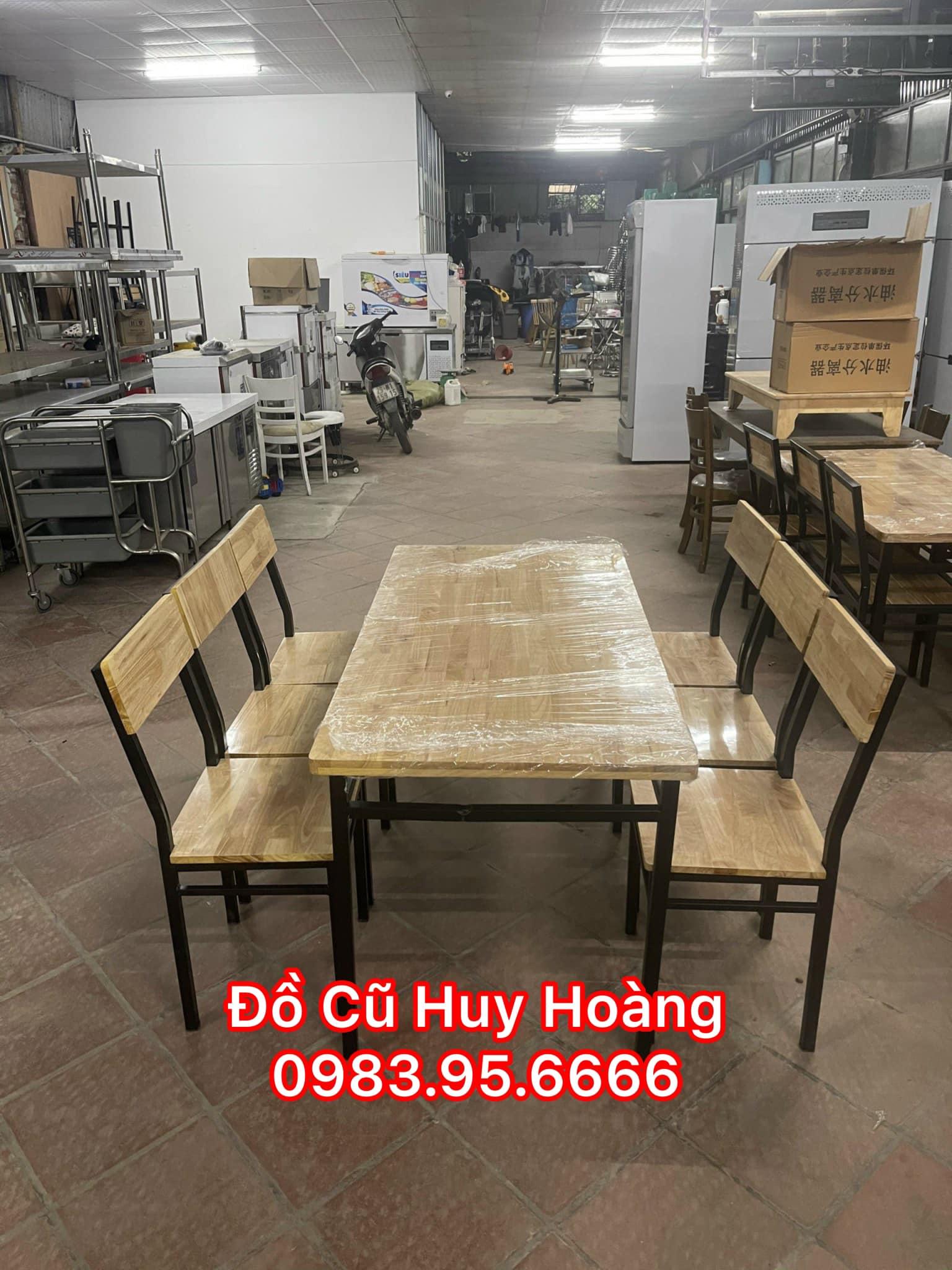 Mẫu bàn ghế chân sắt mặt gỗ bán chạy nhất tại Đồ Cũ Huy Hoàng